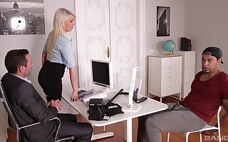 Office babe gets laid with two men in a rough trio