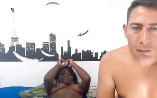 blknwhte1 private video on 06/04/15 20:01 from Chaturbate