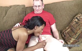 Black MILF Kelly Stylz is swallowing a lucky dudes dick