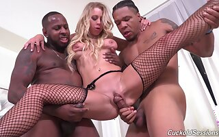 Felonious forebears Public cede to Katie Morgan's cuckold watch them fuck will not hear of consenting